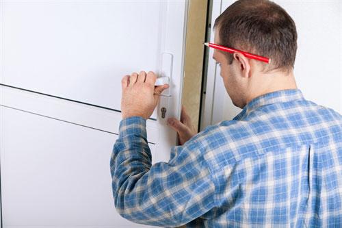 How To Repair A Door Hinge?